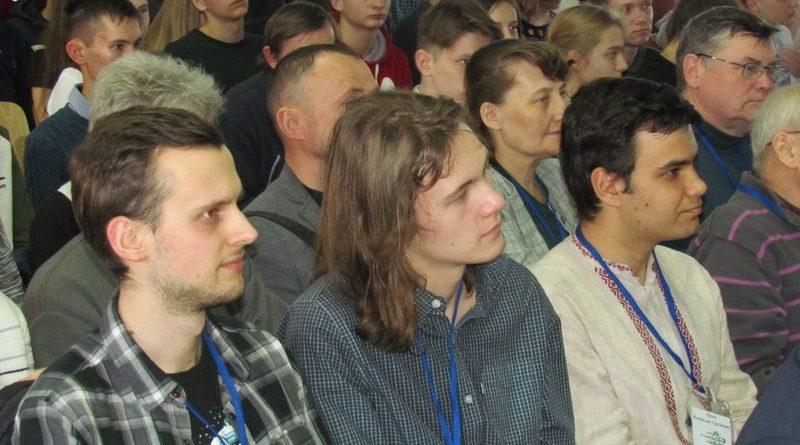За перемогу змагаються юні астрономи